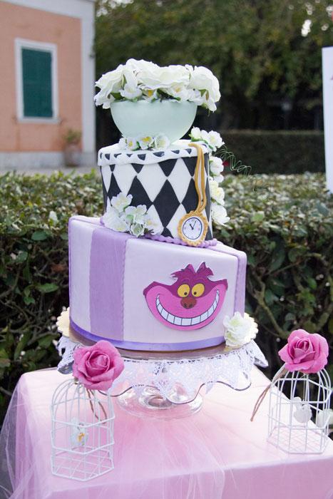 torta alice nel paese delle meraviglie e stregatto