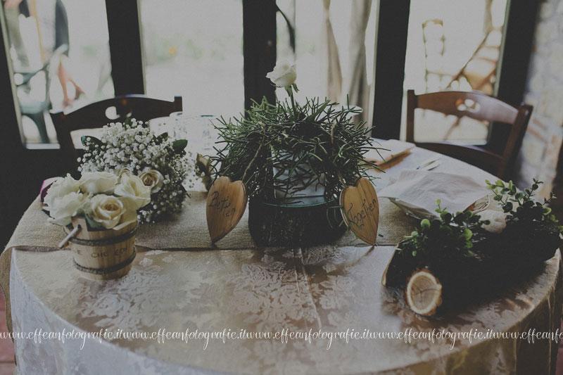 Allestimento tavolo degli Sposi