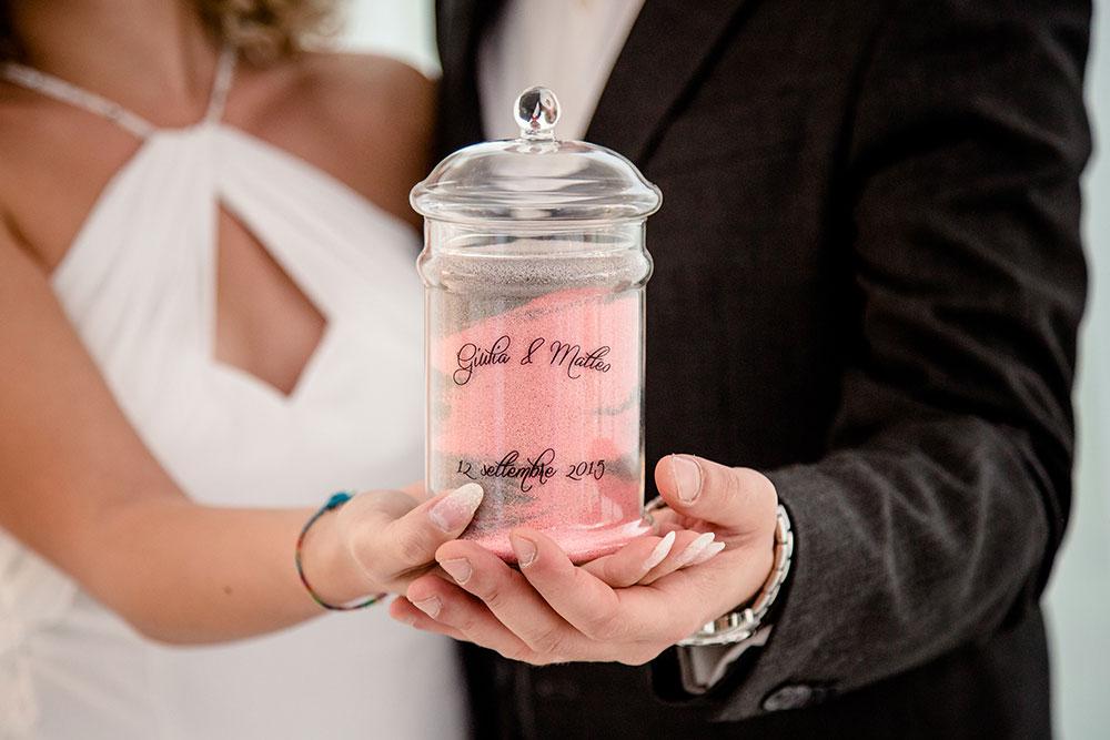 Regalo di matrimonio per gli sposi ampolla con sabbia