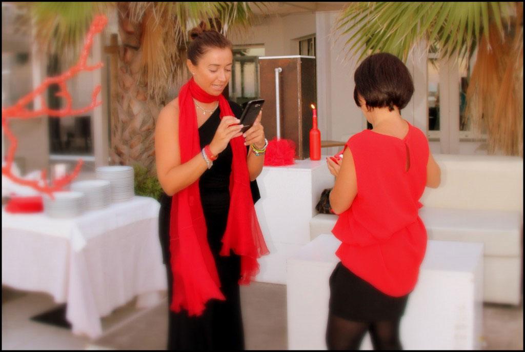 Evento Fendi in rosso aperitivo