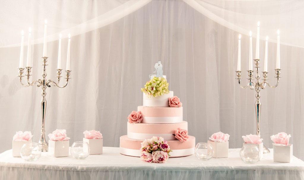 The wedding corner il taglio della torta