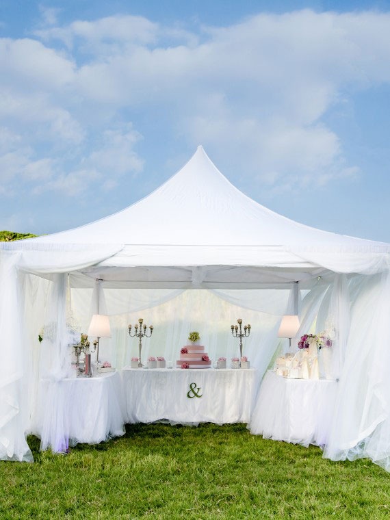 The Wedding Corner Visione intera