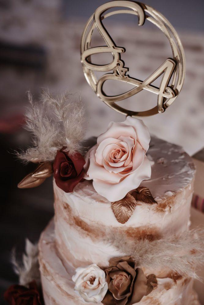 Coordinato di Matrimonio: Cake Topper in oro e legno naturale